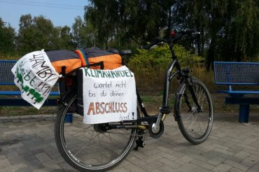 Mit dem Fahrrad in den Hambacher Forst