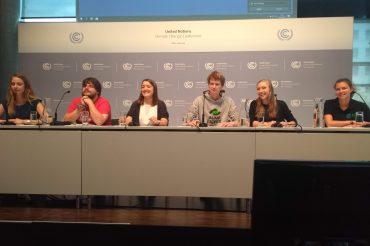 Handlungsbedarf für die deutsche Regierung! Deutsche Jugend-NGOs tragen internationale Klimaproteste in die UN-Klimaverhandlungen